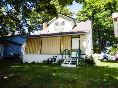Suring Single Family Home Active-No Offer: 9587 Hwy G