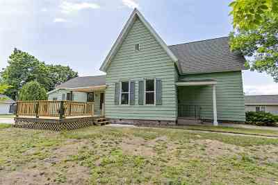 Marinette Single Family Home Active-No Offer: 429 Water