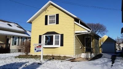 Oshkosh Single Family Home Active-No Offer: 306 W 14th