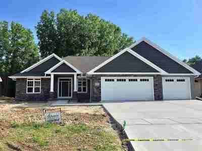 Green Bay Single Family Home Active-No Offer: 2530 Remington