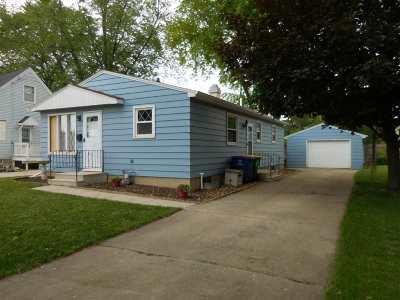 Green Bay Single Family Home Active-No Offer: 1256 Platten