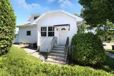 Oshkosh Single Family Home Active-Offer No Bump: 675 Evans
