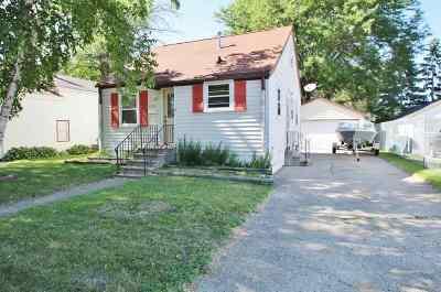 Green Bay Single Family Home Active-Offer No Bump: 1835 Smith