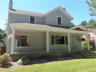 Shawano Single Family Home Active-No Offer: 405 S Bartlett