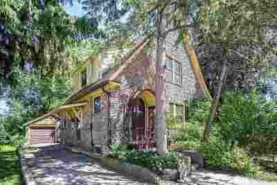 Oshkosh Single Family Home Active-No Offer: 1010 Jefferson