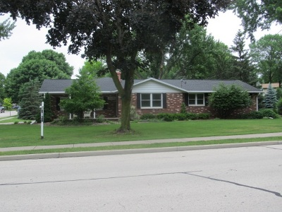Little Chute Single Family Home Active-Offer No Bump: 1400 Lincoln