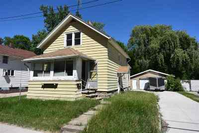Neenah Single Family Home Active-Offer No Bump: 104 S Lake
