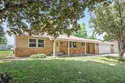 Kaukauna Single Family Home Active-Offer No Bump: 645 Sunset