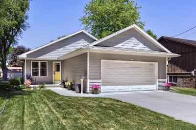 Oshkosh Single Family Home Active-Offer No Bump-Show: 1612 Roosevelt