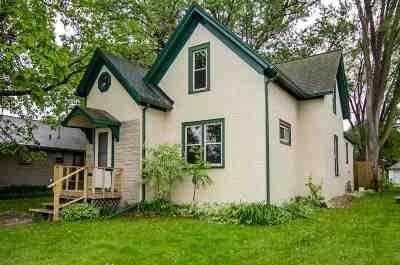 De Pere Single Family Home Active-No Offer: 649 Main