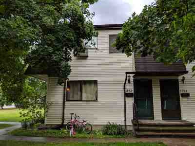 Neenah Condo/Townhouse Active-No Offer: 1752 Wendy