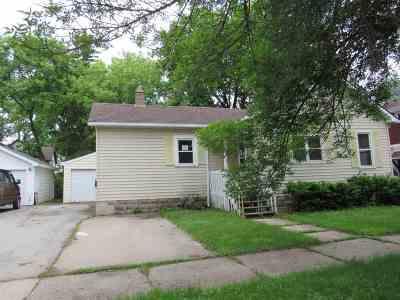 Appleton Single Family Home Active-No Offer: 815 E Minor