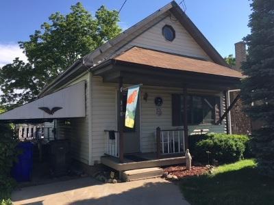 Kaukauna Single Family Home Active-No Offer: 318 Dixon
