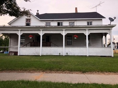 Marinette County Multi Family Home Active-No Offer: 440 French