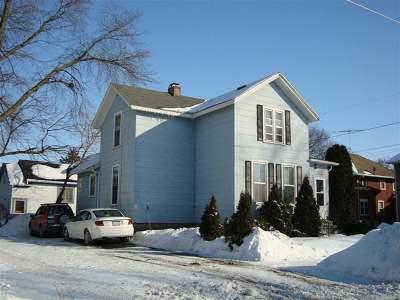 Oshkosh Single Family Home Active-No Offer: 800 Frederick