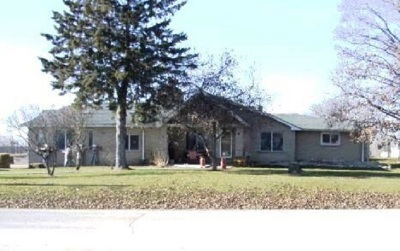 Peshtigo Single Family Home Active-No Offer: N1973 Vernon Hills