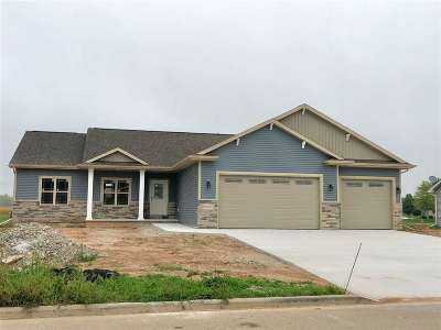 Sherwood Single Family Home Active-No Offer: W5074 Natures Way
