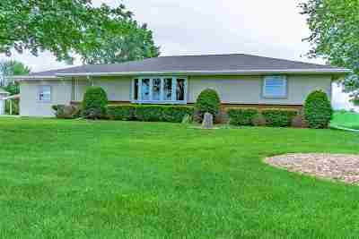 Kaukauna Single Family Home Active-No Offer: W4785 Schmidt