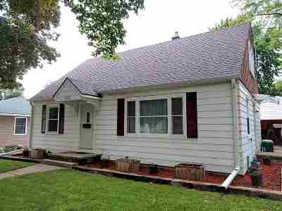 Neenah Single Family Home Active-No Offer: 125 King