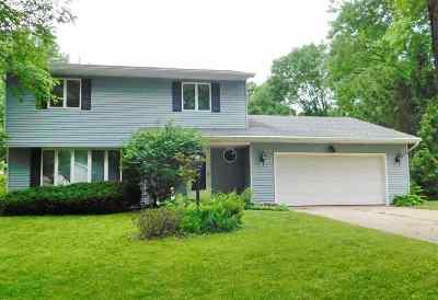 Single Family Home Active-No Offer: 460 Stella Vista