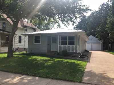 Menasha Single Family Home Active-Offer No Bump: 704 De Pere