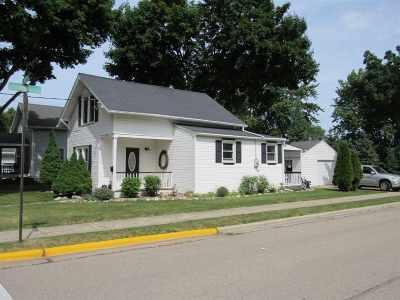 Little Chute Single Family Home Active-Offer No Bump: 926 Park