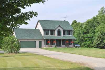 Pulaski WI Single Family Home Active-Offer W/Bump: $419,900