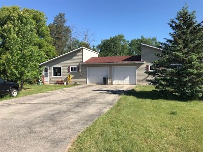 Crivitz Multi Family Home Active-No Offer: 1008 3rd