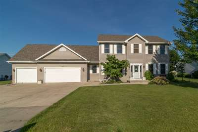 Neenah Single Family Home Active-No Offer: 1630 Redwing