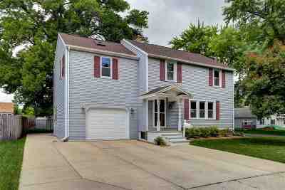 Menasha Single Family Home Active-Offer No Bump: 828 Jefferson