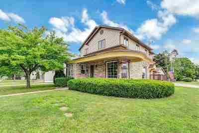 Oconto Falls Single Family Home Active-No Offer: 202 N Washington