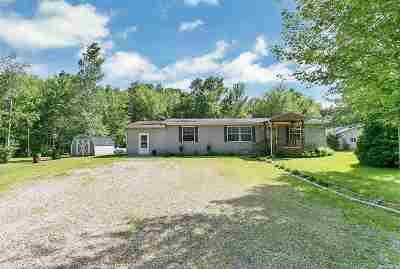 Peshtigo Single Family Home Active-No Offer: W3023 Hale School