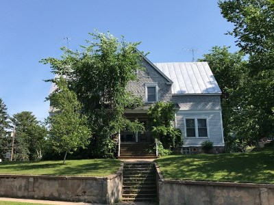 Waupaca Multi Family Home Active-No Offer: 324 Granite