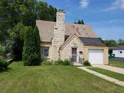 Shawano Single Family Home Active-Offer No Bump-Show: 825 E Green Bay