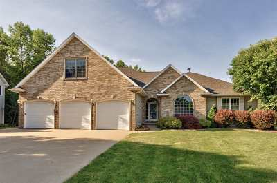 Neenah Single Family Home Active-Offer No Bump-Show: 1550 Elk Trail