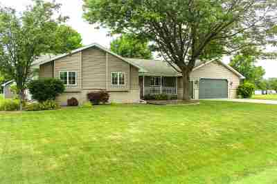 Appleton Single Family Home Active-No Offer: W5560 Hickory