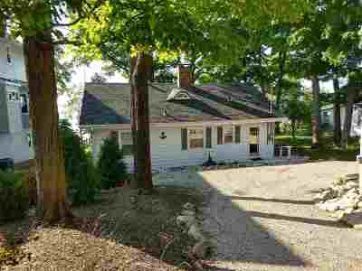 Brown County Single Family Home Active-No Offer: 5079 Edgewater Beach