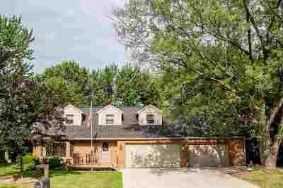 Menasha Single Family Home Active-Offer No Bump: 1344 Fatima