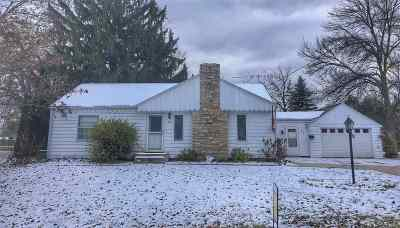 Pulaski WI Single Family Home Active-Offer No Bump: $124,900