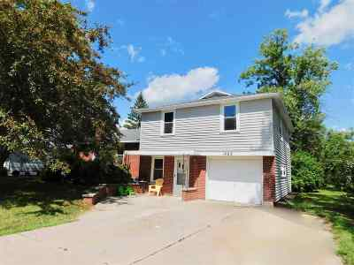 Menasha Single Family Home Active-No Offer: 1469 Fatima