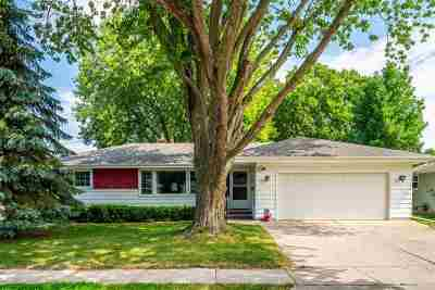Neenah Single Family Home Active-Offer No Bump: 618 Quarry