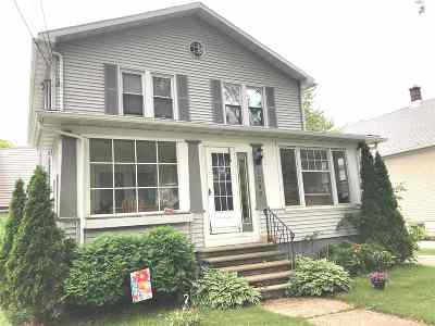 Green Bay Multi Family Home Active-No Offer: 1246 Lawe