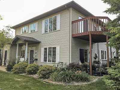 Appleton Condo/Townhouse Active-No Offer: 1000 S East #D