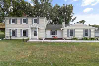 Appleton Single Family Home Active-Offer No Bump: 431 W Edgewood