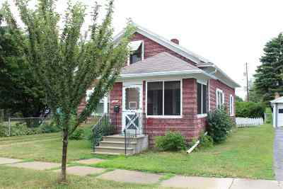 Green Bay Single Family Home Active-No Offer: 1571 Kimball