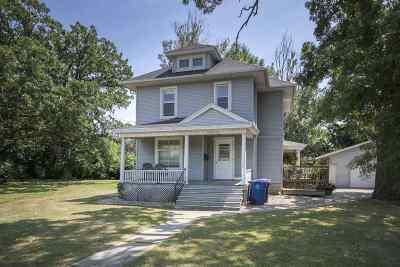 Oshkosh Multi Family Home Active-No Offer: 1811 Oshkosh