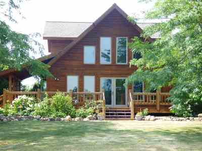Sobieski Single Family Home Active-No Offer: 1824 Cross