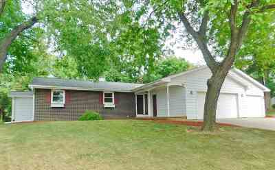 Green Bay Single Family Home Active-No Offer: 341 Bretcoe