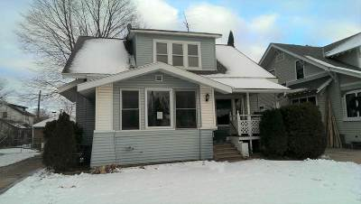 Shawano Single Family Home Active-No Offer: 626 S Franklin