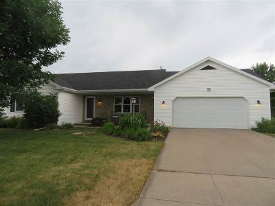 Neenah Single Family Home Active-Offer No Bump: 1594 Citation